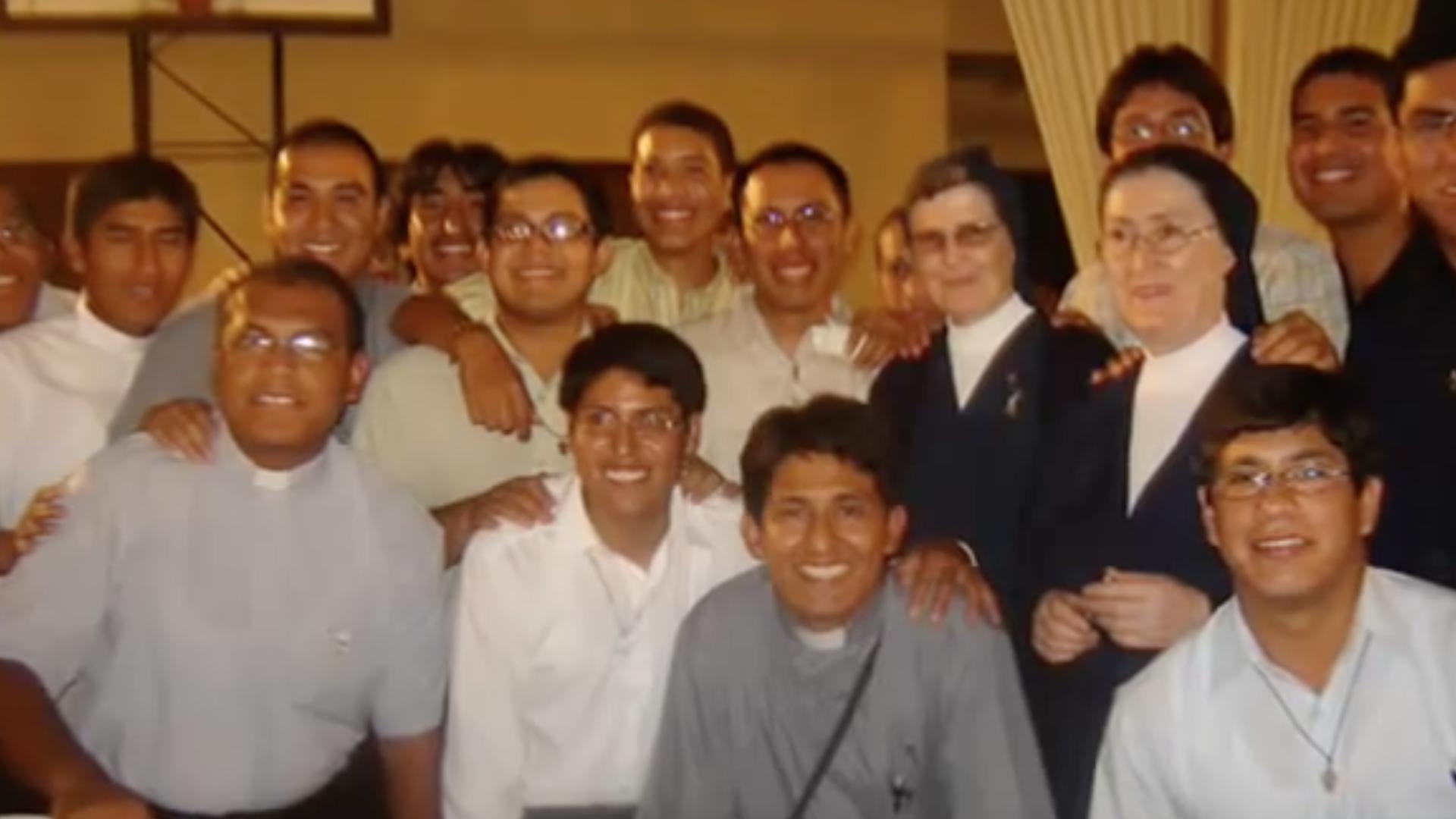 150 AÑOS PRESENCIA VICENTINA EN EL PERU