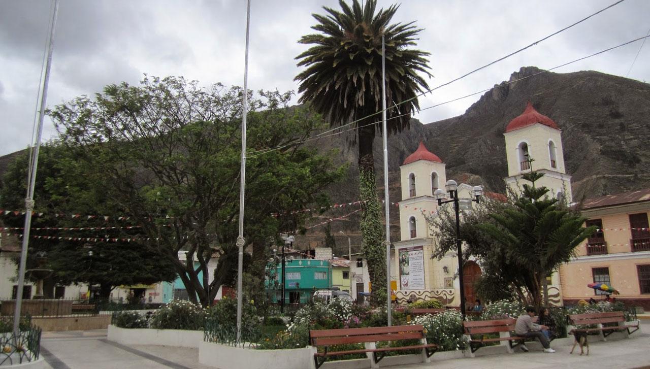 PARROQUIA SAN MIGUEL DE ACOBAMBA